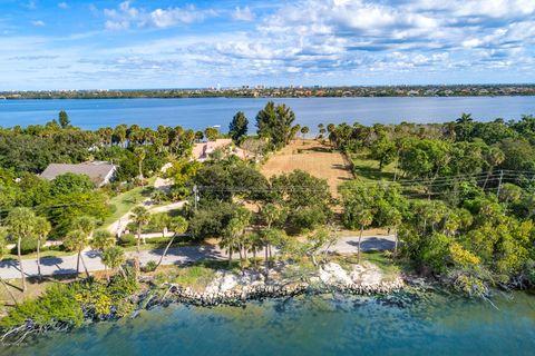 10190 S Tropical Trl, Merritt Island, FL 32952