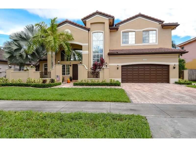 16841 NW 78th Ct Miami Lakes, FL 33016