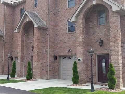 3410 Brodhead Rd, Center Township Bea, PA 15001