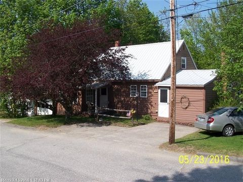 641 Spring Ave, Rumford, ME 04276