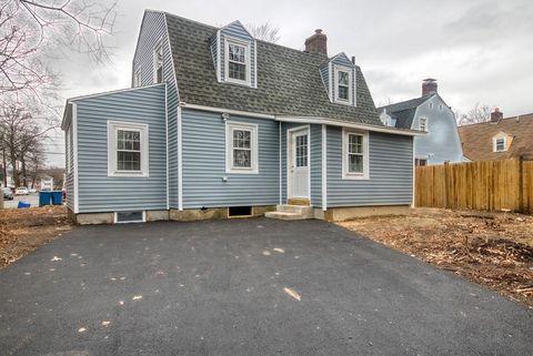Photo of 8-b Salem St, Lawrence, MA 01843