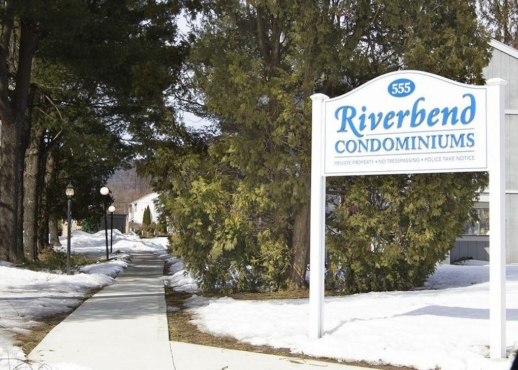 555 Russell Rd Apt J65 Westfield, MA 01085