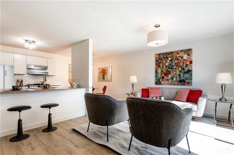 Excellent 78752 Real Estate Homes For Sale Realtor Com Download Free Architecture Designs Scobabritishbridgeorg