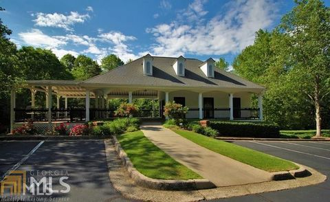 Photo of 330 Mulberry Manor Ct, Alpharetta, GA 30005