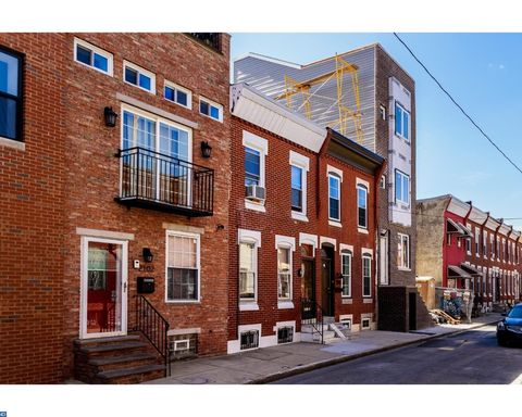 2108 Cross St, Philadelphia, PA 19146