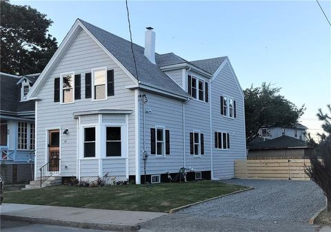 Photo of 36 Friendship St, Newport, RI 02840