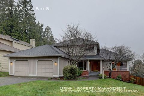 Photo of 22026 Ne 18th St, Sammamish, WA 98074