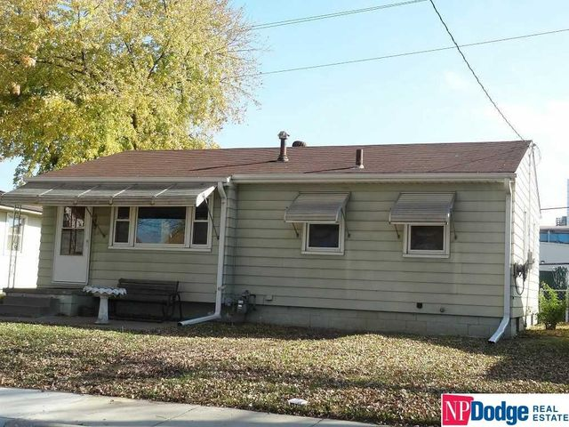 1003 Ash St Council Bluffs Ia 51501 Home For Sale And
