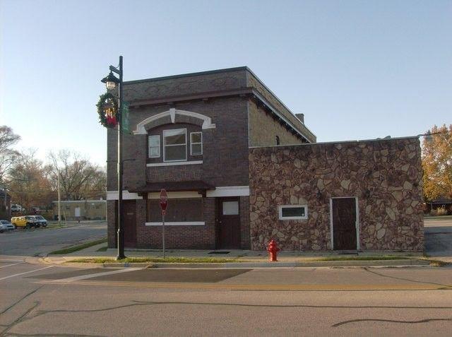 310 N River St, Montgomery, IL 60538