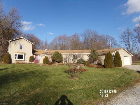 Photo of 1515 Coit Rd, Lowellville, OH 44436
