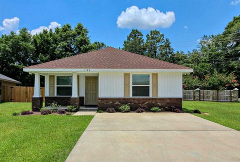 Photo of 5188 Carmell Ridge Cir, Milton, FL 32570