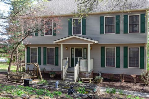 Photo of 9501 Continental Dr, Knoxville, TN 37922