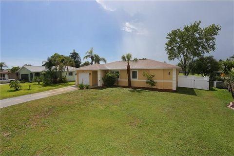 24 Oakland Hills Ct, Rotonda West, FL 33947