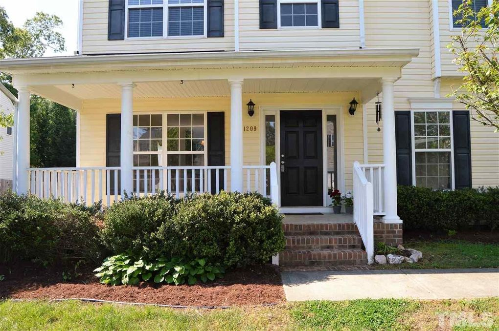 1209 Marbank St, Wake Forest, NC 27587
