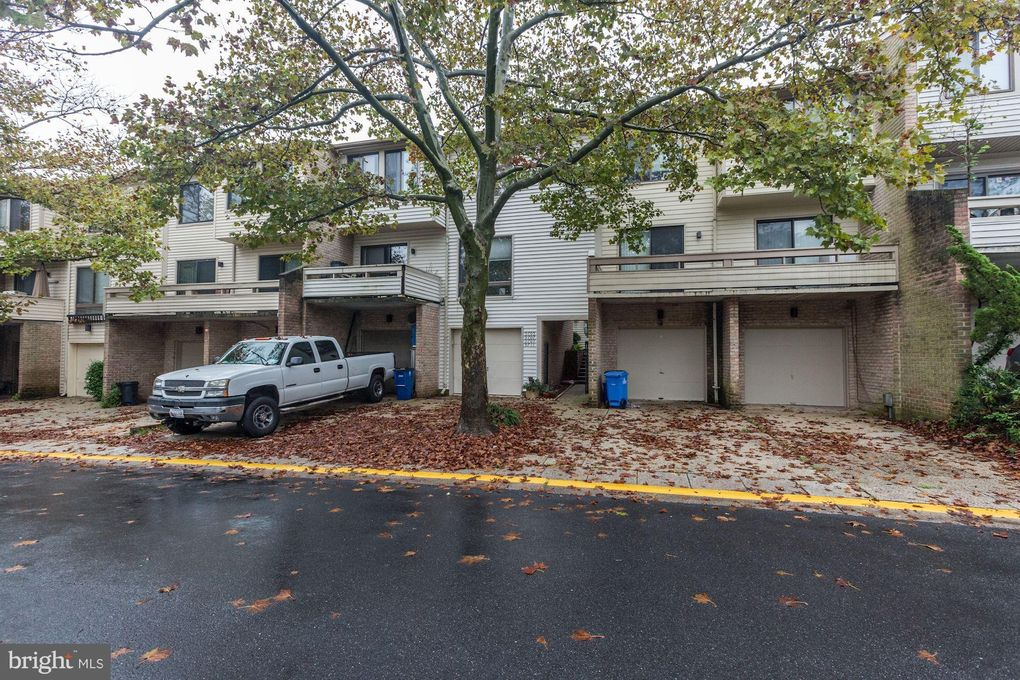 9707 Lake Shore Dr Gaithersburg Md 20886 Home For Rent Realtor