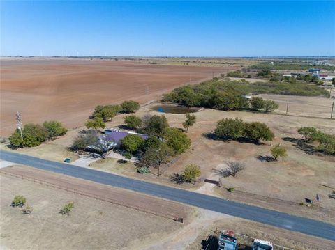 Photo of 431 C Stowe Rd, Olney, TX 76374