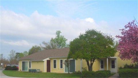 Photo of 18 Willow Tree Dr, Montross, VA 22520