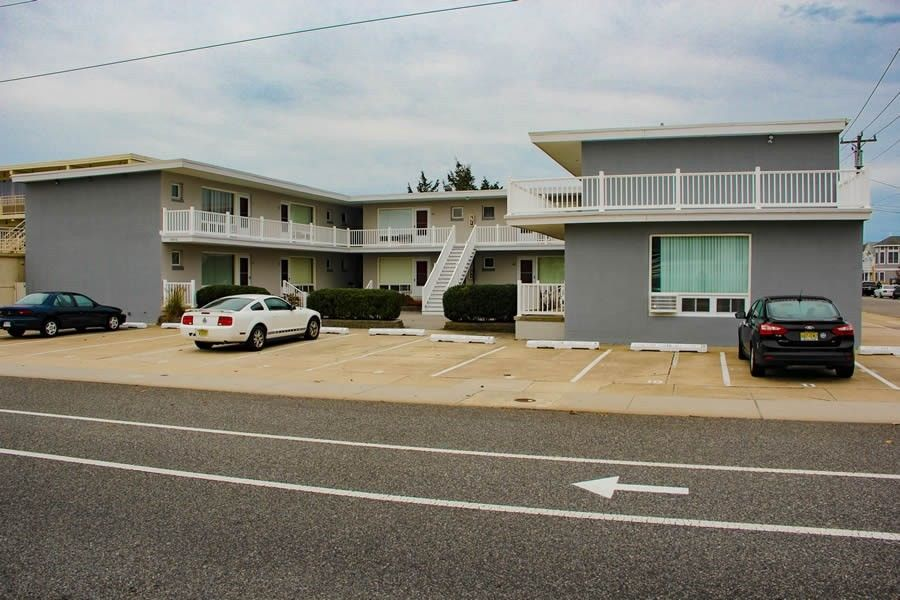 9816 2nd Ave # 7, Stone Harbor, NJ 08247 - realtor.com®