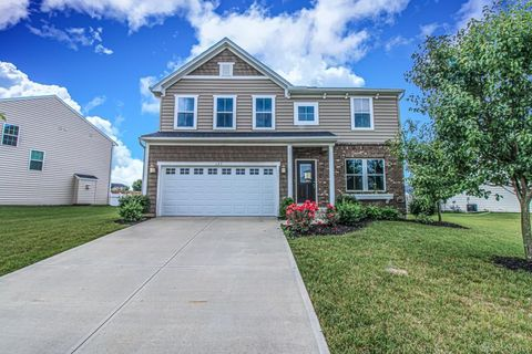 Photo of 125 Waterford Blvd, Fairborn, OH 45324