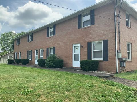 Photo of 7690 Hills And Dales Rd Nw, Massillon, OH 44646
