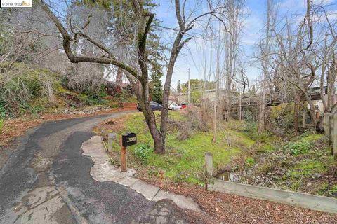 4931 Appian Way, El Sobrante, CA 94803