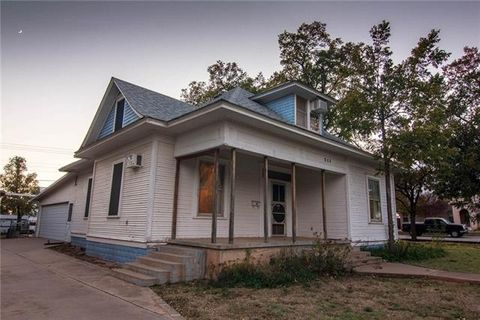 511 Avenue G Avenue Ave Nw, Childress, TX 79201