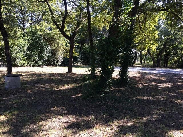 3241 Oak Ln, Weatherford, TX 76088