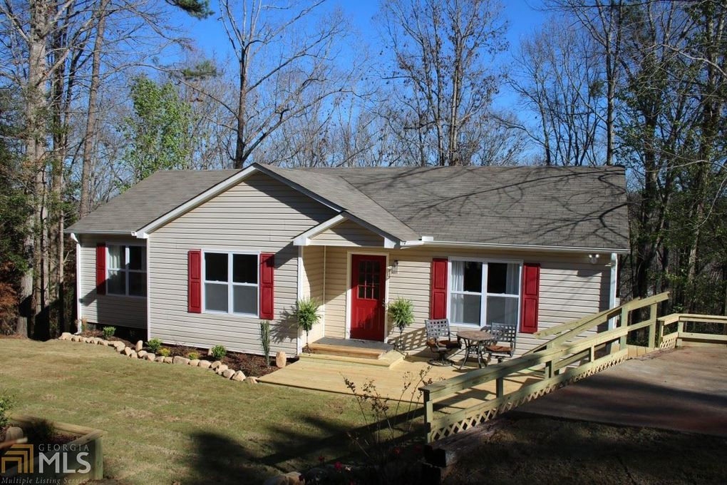 3711 Rambling Woods Dr Loganville GA 30052