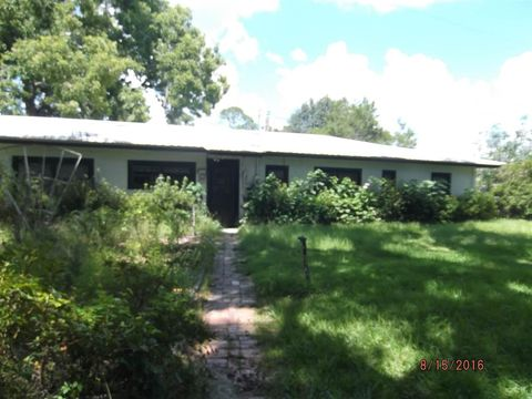 2782 Golf Course Rd, Perry, FL 32348