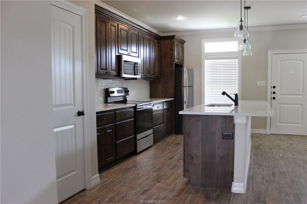 908 Montclair Ave Unit B College Station TX Home for Rent