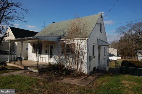 393 State St, Pottstown, PA 19464