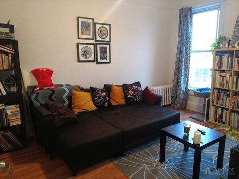 Photo of 31-15 12th St Unit 2, Astoria, NY 11106