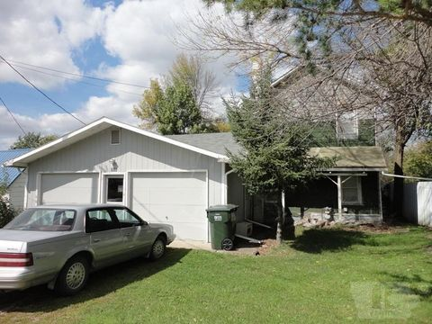 305 Leighton St, Beacon, IA 52534