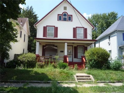Photo of 331 Columbus Ave Nw, Canton, OH 44708