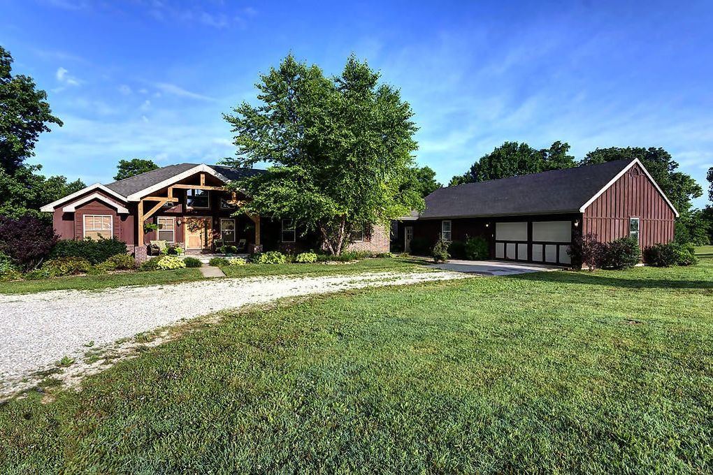 5255 S 120th Rd, Morrisville, MO 65710