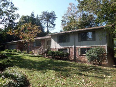 109 Clifton Cir, Oak Ridge, TN 37830