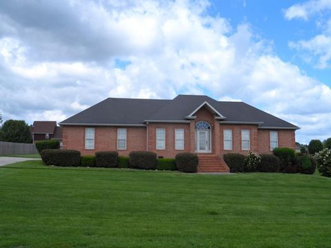 115 Hunters Ridge Dr, Tullahoma, TN 37388