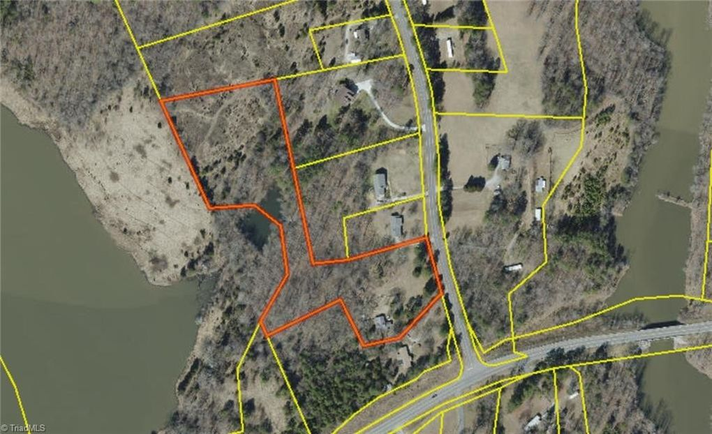5972 Drake Rd, Greensboro, NC 27406 on map of memphis tn, map of charlotte nc, map of columbus ga, map of hog island nc, map of asheville nc, map of griffin nc, map of ogden nc, map of clarksville nc, map of moyock nc, map of greenville nc, map of orange co nc, map of raleigh nc, map of charlottesville nc, map of bunnlevel nc, map of ferguson nc, map of atlanta, map of saxapahaw nc, map of biltmore forest nc, map of north carolina, map of salemburg nc,