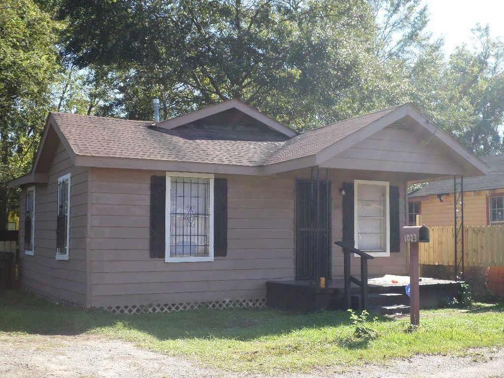 1023 Grant Ave, Mobile, AL 36610