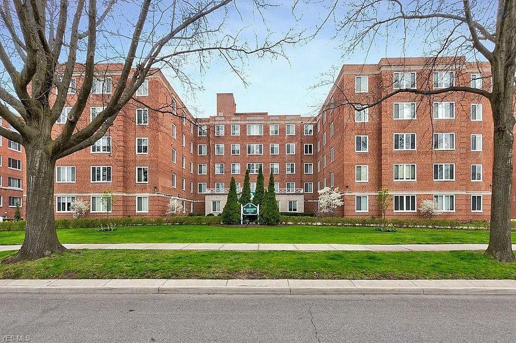 19425 Van Aken Blvd Apt 212, Shaker Heights, OH 44122
