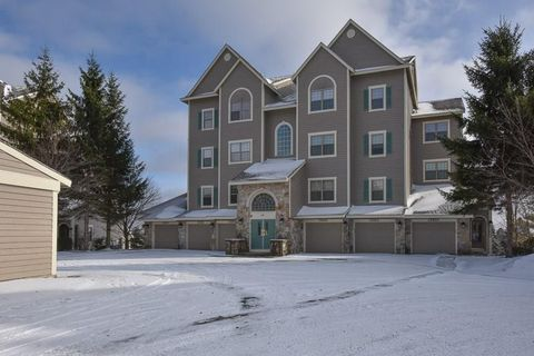 Photo of 8109 Stonegate Dr, Seven Springs Resort, PA 15622