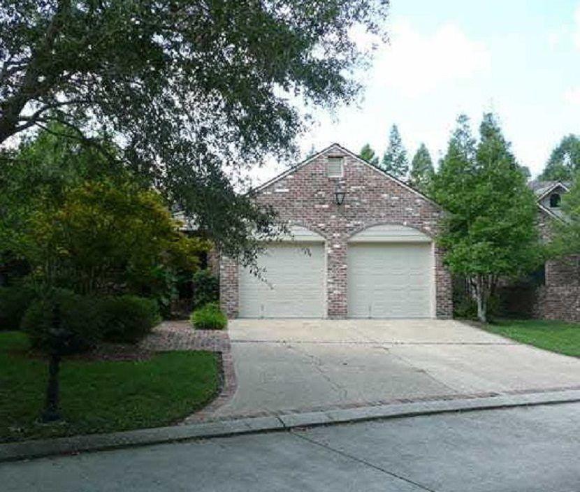 18240 Grand Cypress Creek Dr, Baton Rouge, LA 70810