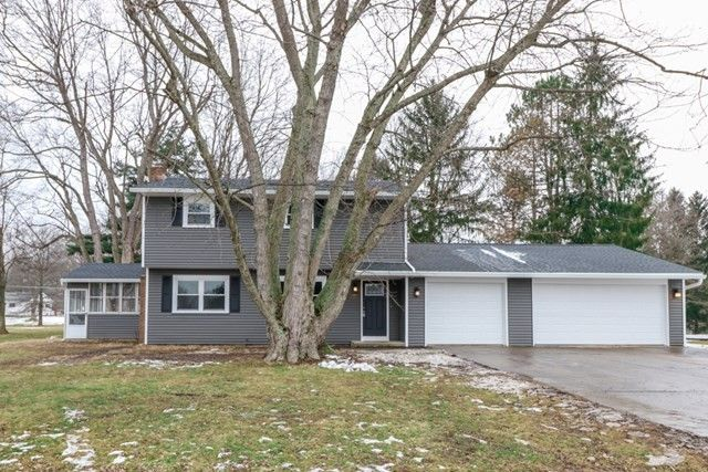 1065 Becky Dr, Mansfield, OH 44905