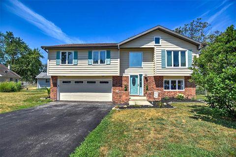 Super Wildwood Decatur Il Real Estate Homes For Sale Realtor Home Interior And Landscaping Ponolsignezvosmurscom