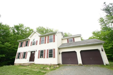 Tobyhanna Pa Houses For Sale With Swimming Pool Realtorcom