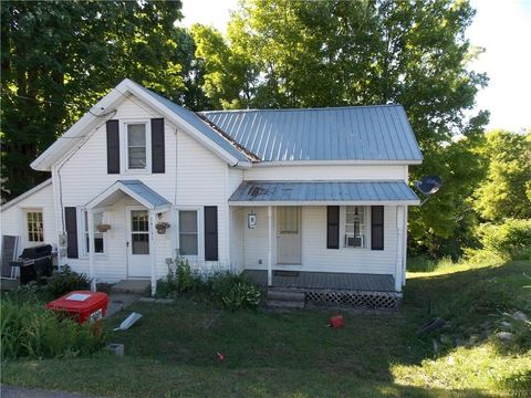 Photo of 14191 State St, Harrisville, NY 13648