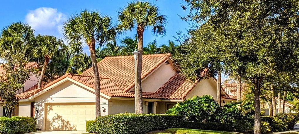 2644 Mohawk Cir West Palm Beach, FL 33409