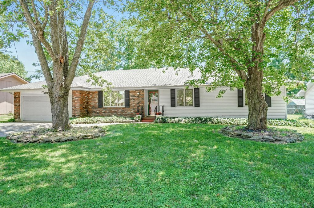 5514 S Dollison Ave Springfield, MO 65810