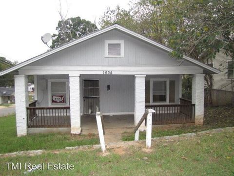 Photo of 1434 Thomason Ave, Birmingham, AL 35217
