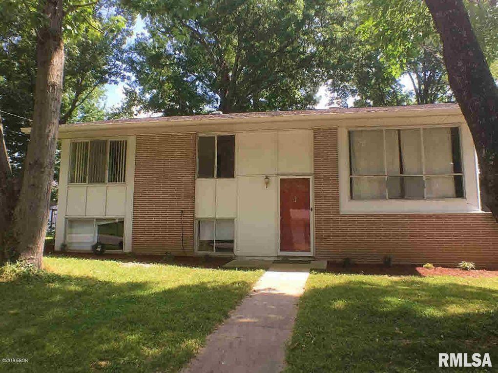 1003 W Laurel St Carbondale, IL 62901